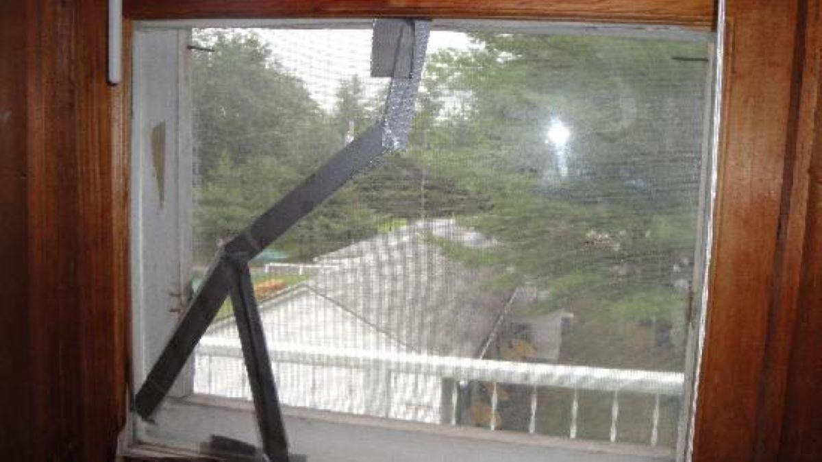 duct tape window fix