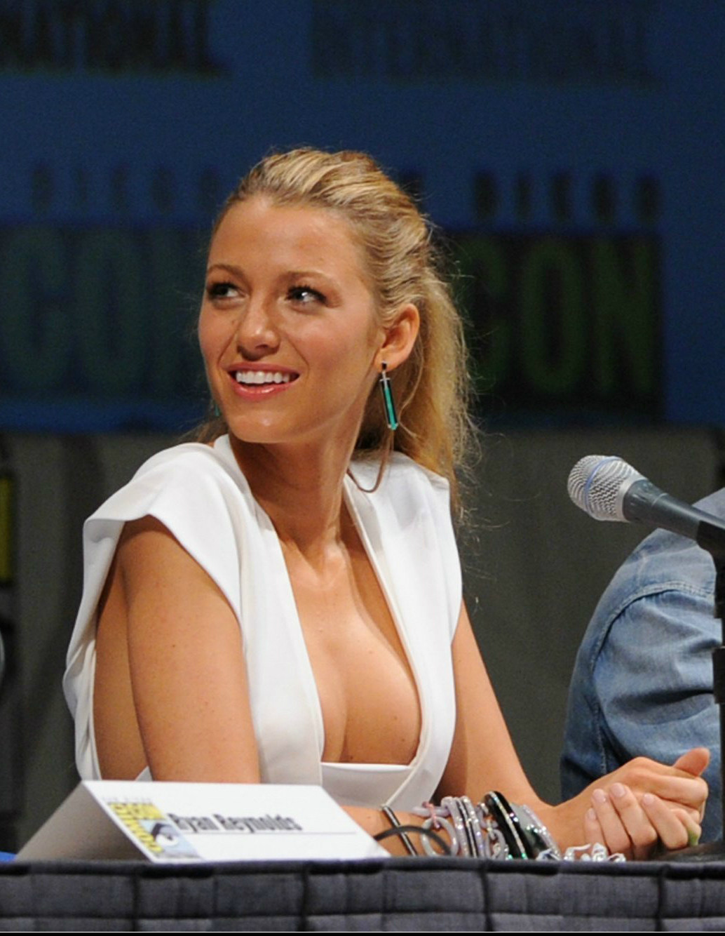 most beautiful woman in the world Blake lively