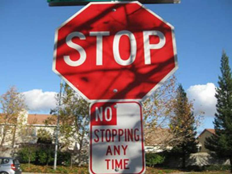 Stop, but no stopping allowed